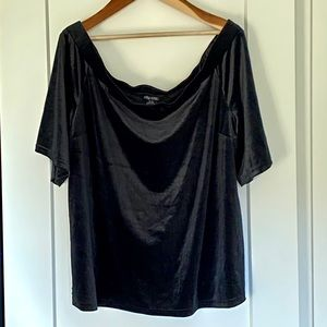 NWT City Chic Off the Shoulder Velour Top